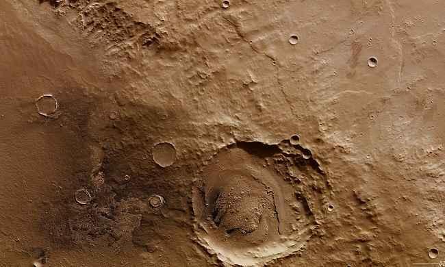 Schiaparelli, prime foto post atterraggio: l'attracco ha formato nuovo cratere su Marte